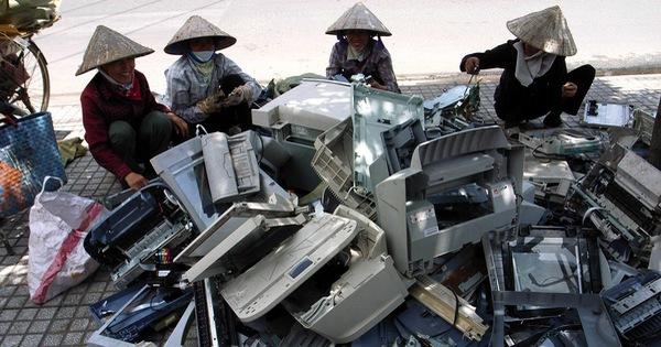 Thu hồi, tái chế rác thải: Chờ nhiều 'ông lớn' điện tử, công nghệ... - vietllot 655