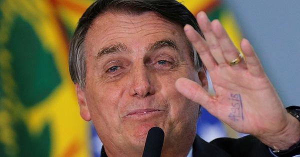 Tổng thống Brazil: 'Chắc chắn không mua vắc xin COVID-19 của Trung Quốc'