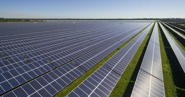 Úc xây dựng cánh đồng điện mặt trời lớn nhất thế giới