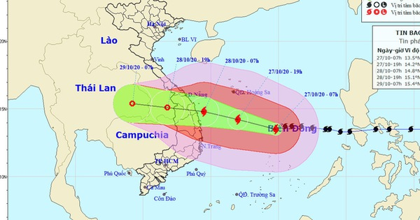 Trưa 27-10, bão số 9 cách Đà Nẵng - Phú Yên 447km,...