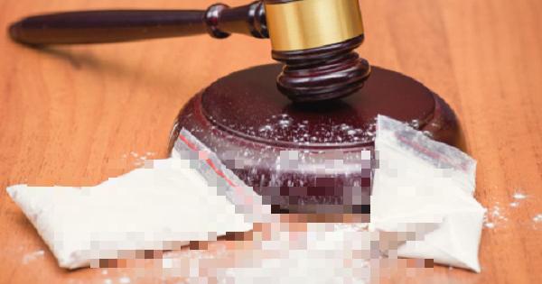 Shipper gọi điện nhờ cảnh sát tìm hộ đơn hàng cocaine 1 ti đồng bị mất