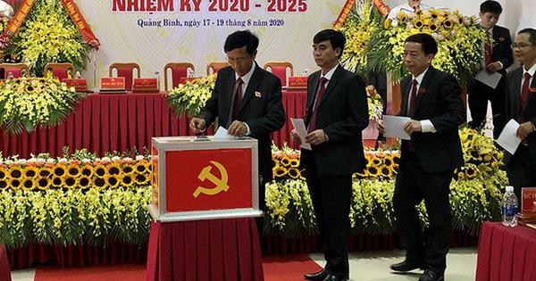 Hủy tư cách đại biểu với 2 người 'bỗng nhiên' được đi dự đại hội Đảng tỉnh Quảng Bình