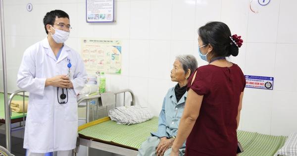 Cứu sống cụ bà 103 tuổi bị nhồi máu cơ tim