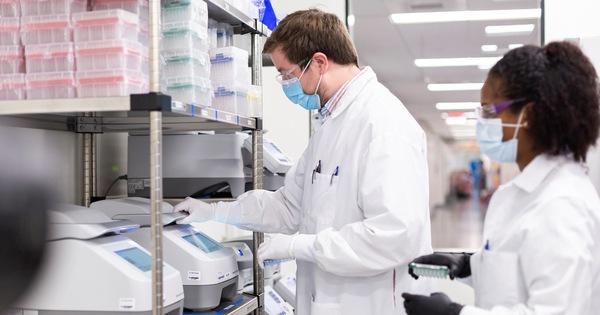 Cơ quan quản lý dược phẩm châu Âu phê chuẩn vắc xin của Moderna