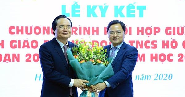 Bộ trưởng Phùng Xuân Nhạ: Tăng cường kỹ năng sống, tránh 'gà công nghiệp, học sách vở'