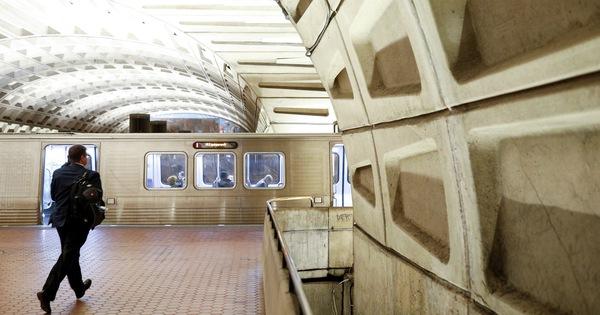 Người dân thủ đô Mỹ có thể không được đi tàu điện ngầm vào cuối tuần