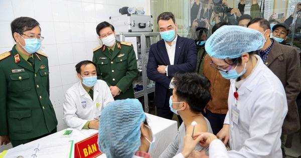 Ai sẽ được tiêm vắc xin ngừa COVID-19 đầu tiên tại Việt Nam?