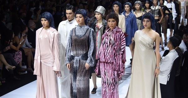 Dàn hoa hậu, á hậu thần thái cá tính mở màn Tuần lễ thời trang quốc tế Việt Nam - vietllot 655