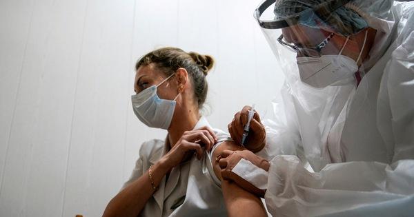 Matxcơva bắt đầu tiêm chủng đại trà vắc xin Sputnik V - xổ số ngày 24122019
