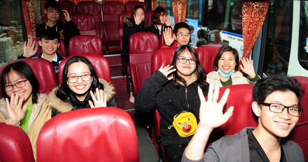 3.000 vé máy bay, vé xe tết miễn phí cho sinh viên, công nhân