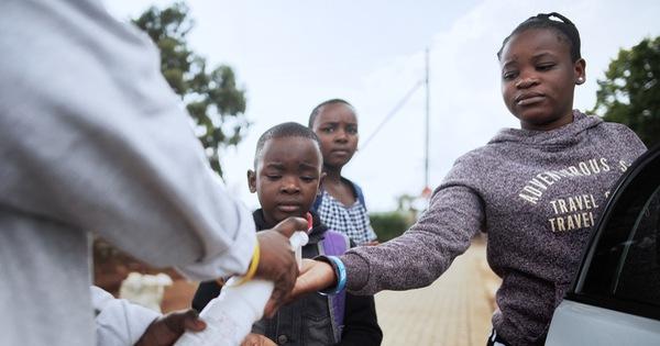 Nam Phi thành tâm dịch châu Phi, tuyên bố tình trạng thảm họa quốc ...