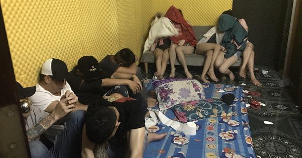 Khởi tố chủ khách sạn cho 61 trai gái thuê mở ''đại dạ tiệc bay lắc''