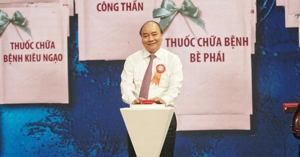 Thủ tướng ấn nút 'ATM thuốc' chữa bệnh tham nhũng, xa dân