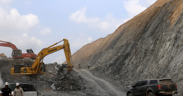 Thủ tướng: Quyết liệt hơn để khởi công 3 dự án cao tốc Bắc – Nam vào cuối tháng 8