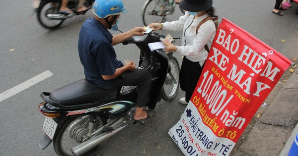 Bảo hiểm xe máy: Có vấn đề về cách thức triển khai, sửa sai thế nào?