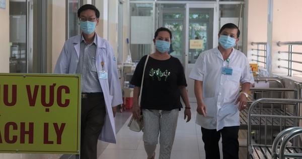 Bệnh nhân COVID-19 phổi từng tổn thương hơn cả phi công người Anh xuất viện