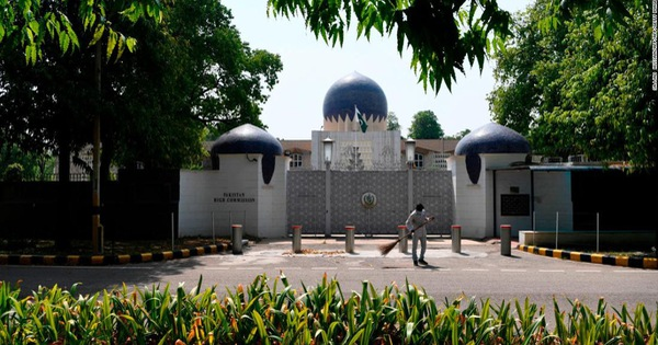 Ấn Độ trục xuất hai nhà ngoại giao Pakistan vì ''làm gián điệp''