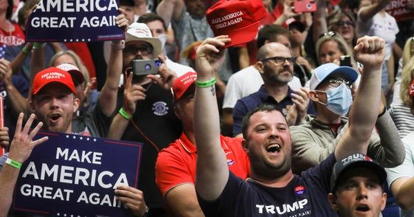 Ông Trump: Xét nghiệm COVID-19 là 'con dao hai lưỡi'