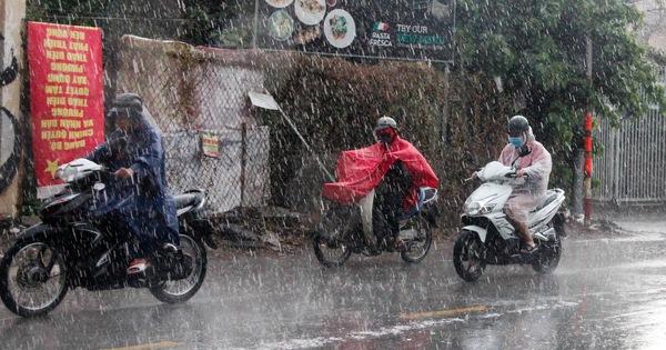 TP.HCM sáng 28-6 đầy mây, có thể mưa lớn ít ngày, coi chừng đường ngập