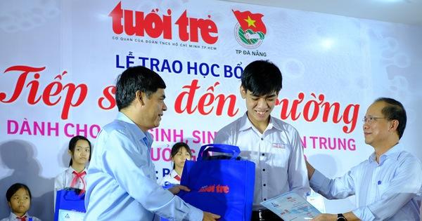 Học bổng tiếp sức cho 175 học sinh, sinh viên khó khăn miền Trung bị ảnh hưởng dịch Covid-19