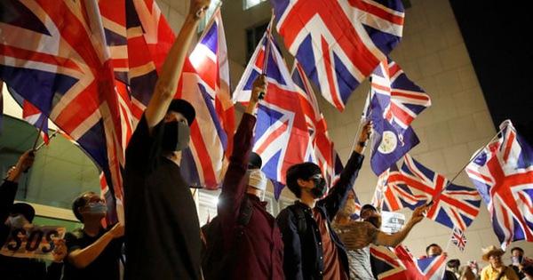 ''Đóng cửa'' với châu Âu, vì sao Anh đứng ra che chở 3 triệu dân Hong Kong?
