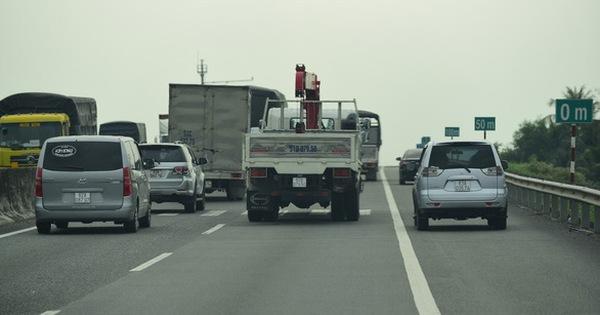Bộ Giao thông vận tải muốn sớm thu phí trở lại đường cao tốc TP.HCM – Trung Lương