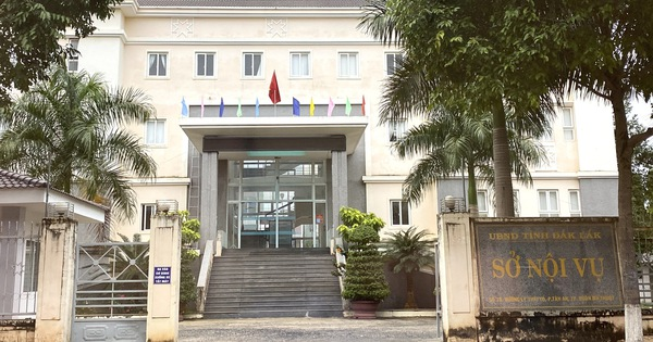 Thanh tra Sở Nội vụ Đắk Lắk bị bắt vì nghi tống tiền