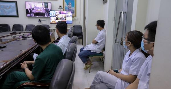 """Bộ Y tế tăng cường nhân lực """"chia lửa"""" cho Đà Nẵng chống dịch COVID-19"""