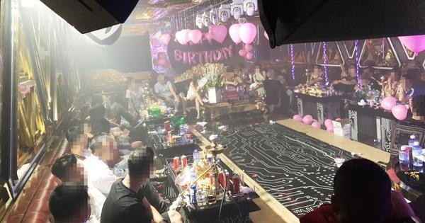Trong 2 quán karaoke ở Bình Tân, gần một nửa người dương tính ma túy