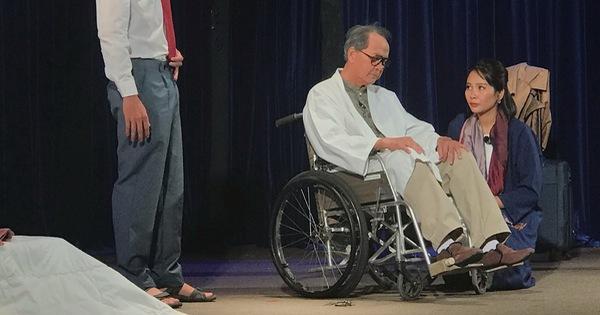 ''Diễn viên hạng ba'' của sân khấu Hồng Hạc: Tuổi nào cũng có vai để diễn