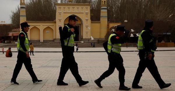 Mỹ áp trừng phạt 4 quan chức Trung Quốc ở Tân Cương