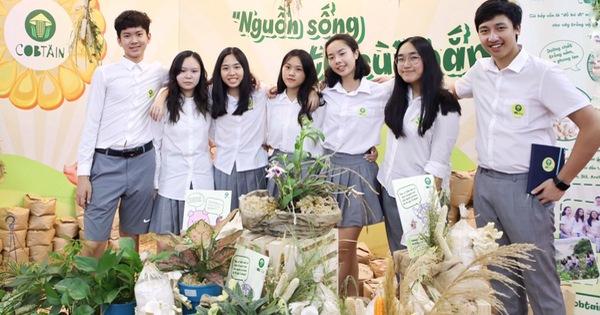 Tái chế ''cùi bắp'', học sinh Việt Nam vô địch cuộc thi Khởi nghiệp trẻ quốc tế 2020
