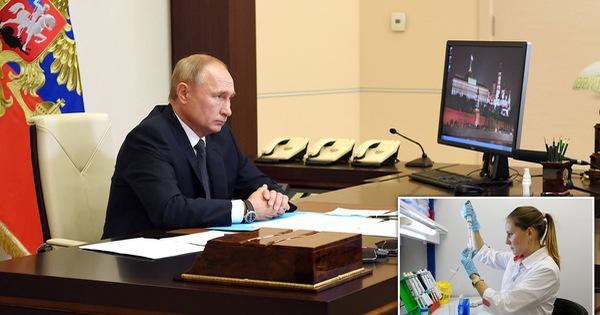 Nga tuyên bố đã sản xuất lô vắcxin đầu tiên, ông Trump 'hi vọng hiệu quả'