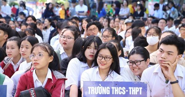 TP.HCM: Học sinh thi tốt nghiệp THPT được mở khẩu trang...