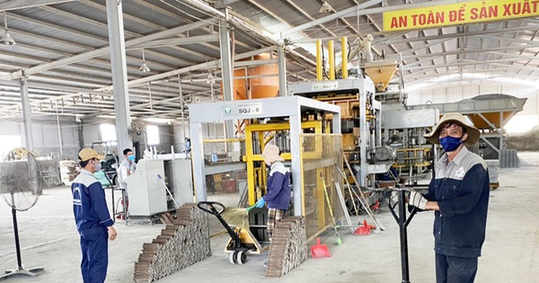 Chống dịch nghiêm ngặt để nhà máy hoạt động