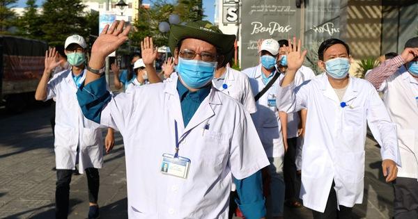 Đoàn y bác sĩ Bình Định đã đến Đà Nẵng sẵn sàng chi viện