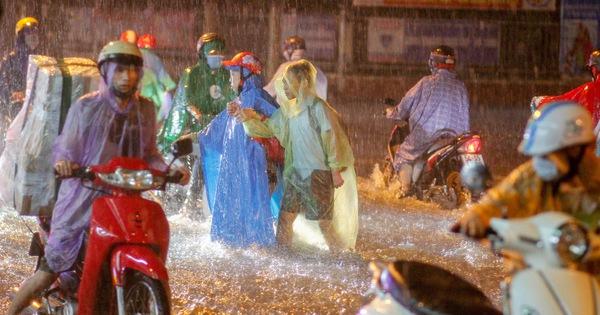 Nam Bộ tiếp tục có mưa lớn, Bắc Bộ cảnh giác lũ