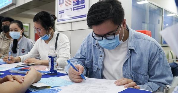 Thí sinh trúng tuyển ảo quá nhiều, trường đại học tăng chỉ tiêu xét tuyển điểm thi tốt nghiệp - Tuổi Trẻ Online
