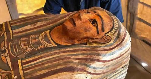 Tìm thấy 27 quan tài 2.500 tuổi nguyên vẹn như mới chôn ở Ai Cập