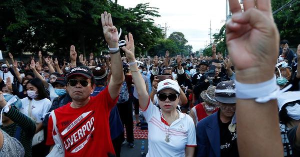 Quốc hội Thái Lan hoãn sửa đổi Hiến pháp, ''chọc giận'' người biểu tình