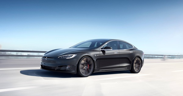 Hãng xe Tesla của tỉ phú Elon Musk bị yêu cầu triệu hồi hơn 158.000 chiếc