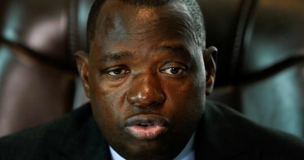 Bộ trưởng ngoại giao Zimbabwe tử vong vì COVID-19