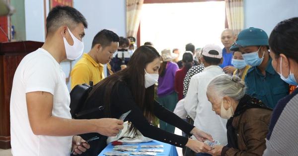 Hà Tĩnh rà soát tiền từ thiện Thủy Tiên hỗ trợ dân, theo yêu cầu của Bộ Công an - Tuổi Trẻ Online