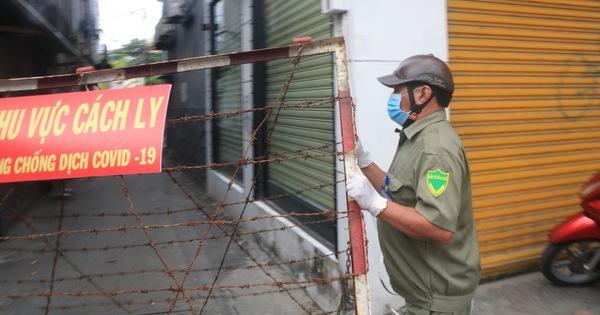 Quận Gò Vấp 'áp lực rất dữ' khi có tới 808 người làm ở sân bay Tân Sơn Nhất, xét nghiệm mỗi ngày