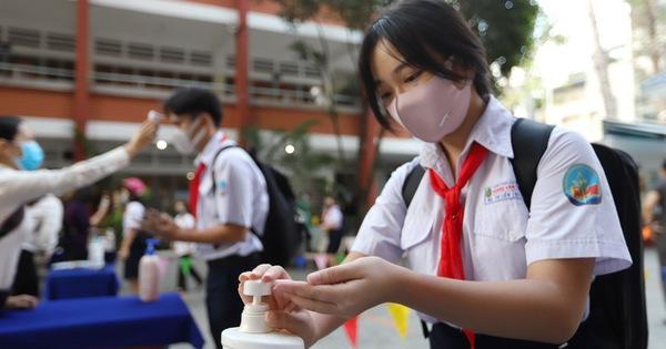 16 tỉnh thành cho học sinh nghỉ ở nhà sau tết, học trực tuyến