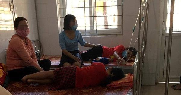 18 học sinh tiểu học nhập viện sau bữa trưa ở trường
