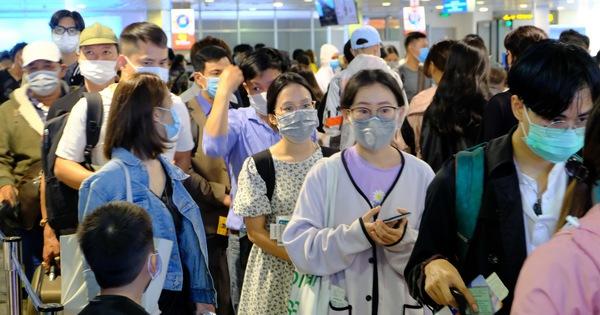 Chặt đứt chuỗi lây sân bay Tân Sơn Nhất