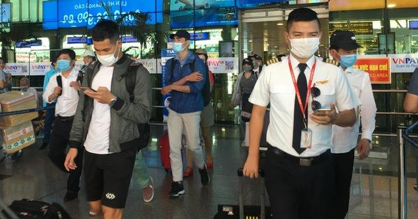 5 người ở TP.HCM tiếp xúc công chứng viên Hà Nội âm tính lần 1, 26 người đang chờ