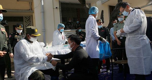 Campuchia phê duyệt sử dụng khẩn cấp vắc xin của Trung Quốc