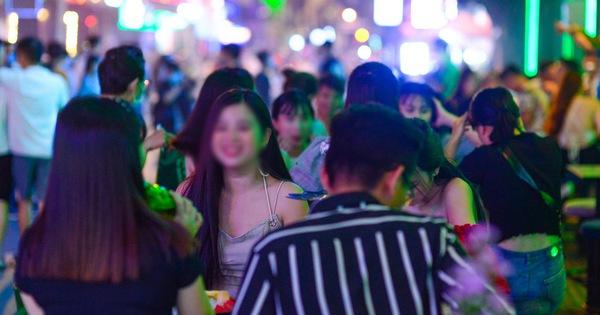 TP.HCM dừng quán nhậu, karaoke, bar, vũ trường, rạp phim từ 12h trưa 9-2